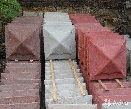 betonnye kolpaki na stolby zabora